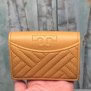 Tory buch Alexa foldable mini wallet